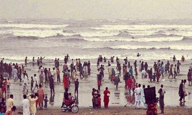 Karachi-sea-side