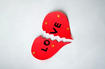 2619-heartbreak-love-breakup